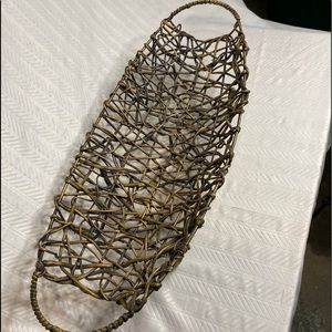 Footed wire basket table centerpiece